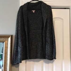 Sweaters - Gray knit cardigan with pockets comfy